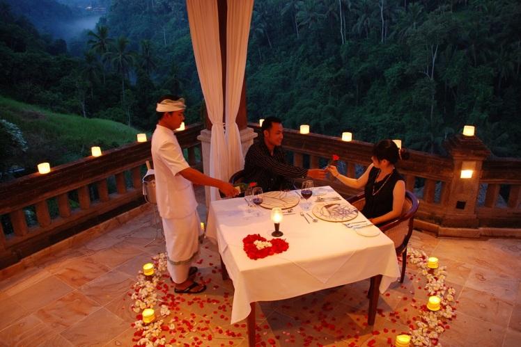 romantic proposal morocco