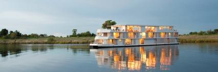 zambese river boat