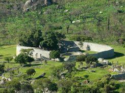 Great-Zimbabwe-ruins-outer-walls-3-1200